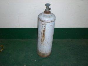 さびた容器